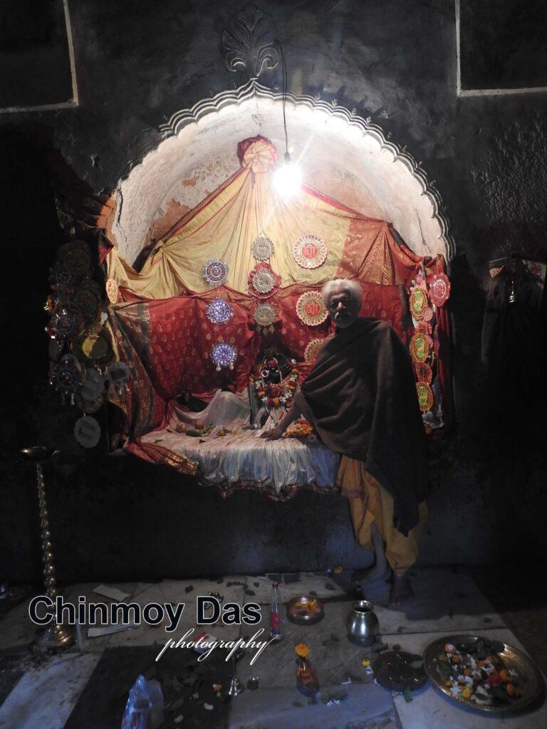 জীর্ণ মন্দিরের জার্নাল - ৮২ 8