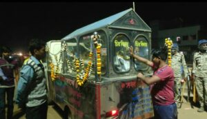 মকরামপুরের ক্ষোভের আগুন সামাল দিল পুলিশের ভিড়! আর রাজনীতির লাশ গুনতে নারাজ নারায়নগড় 2